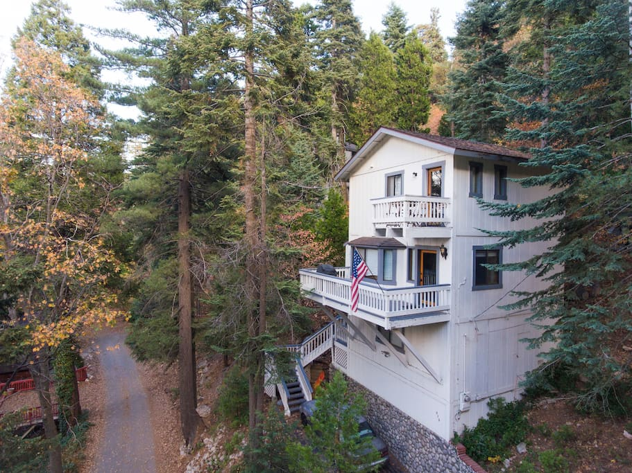 Stay arrowhead luxury mtn home cabins for rent in for Cabins in lake arrowhead ca