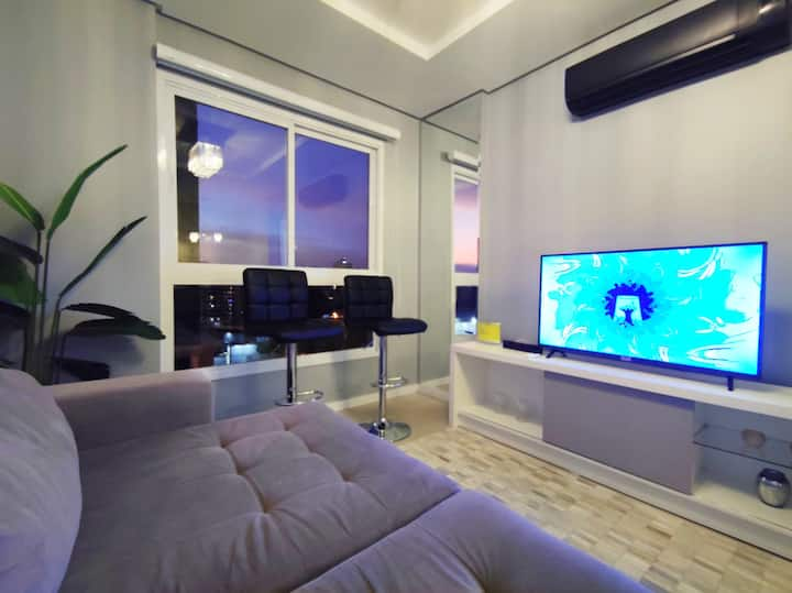 Ap 2 suites alt padrão/Centro/próx Imed-CEOM/GARE