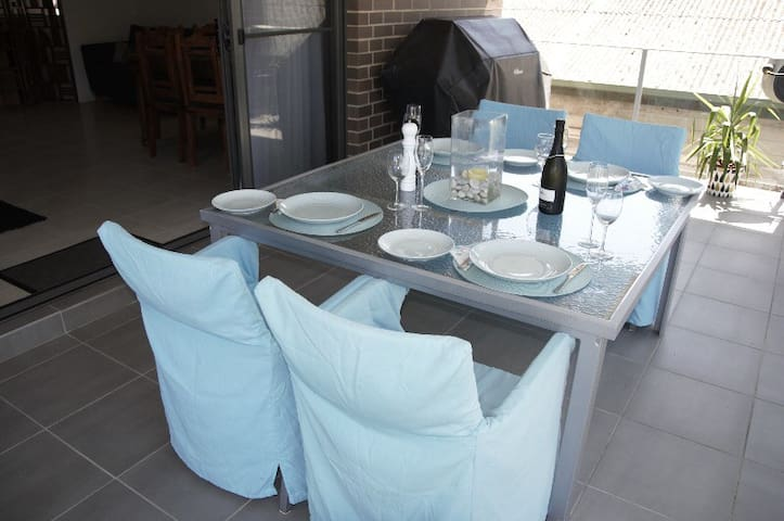 Deck features BBQ which is plumbed in and does not require gas bottle refilling