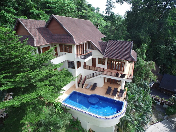 Patong Seaview Pool Villa, 2 livingrooms,  5BR