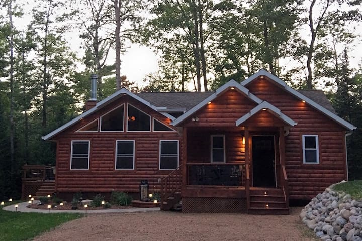 Northwoods Tranquility-very private & peaceful