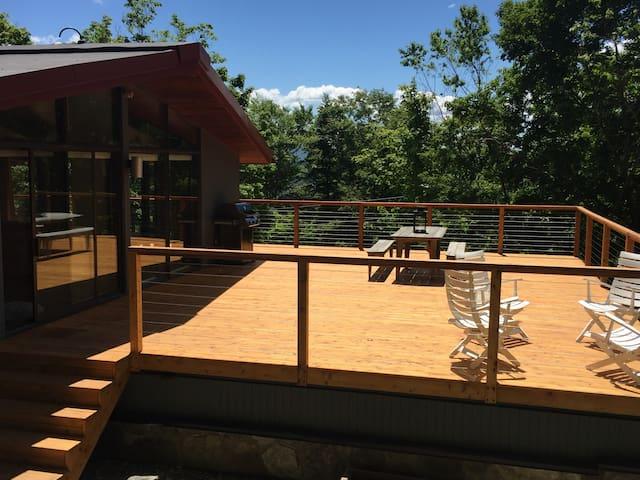 5br Sugarbush Home, Walk to slopes, Hot Tub, Sauna - Warren - Casa