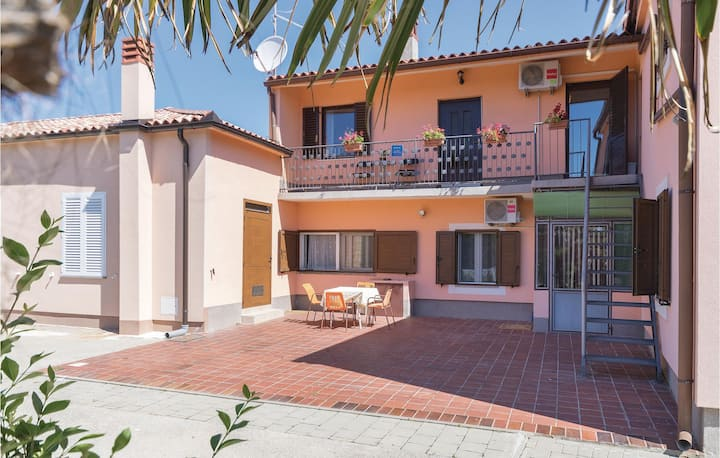 Stunning home in Valtura with WiFi and 1 Bedrooms