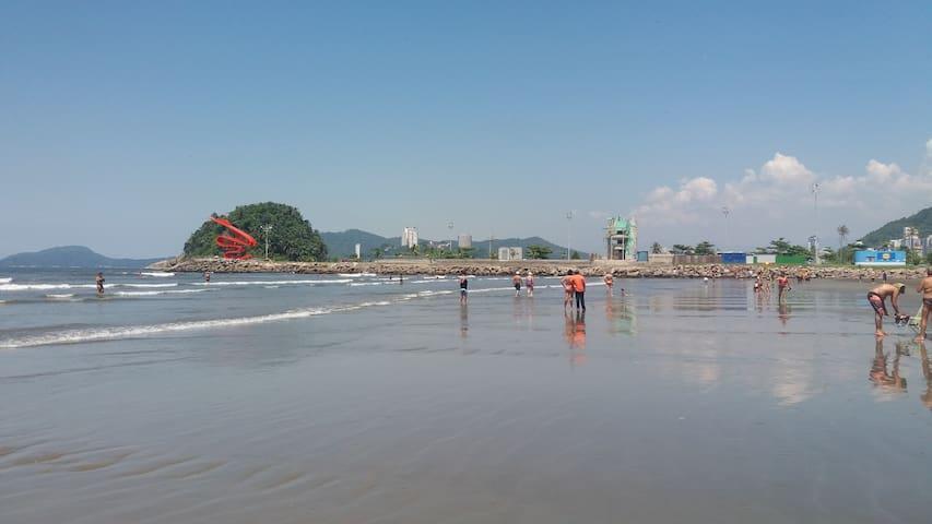 Kit em frente ao mar para 4 pessoas completo lindo