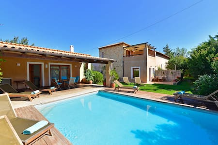 Maleme Villa, private pool, 600m from the beach - Maleme