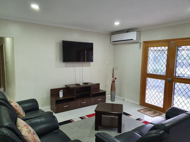 Ohana - Namadi  (free wifi) entire flat 2 bedrooms