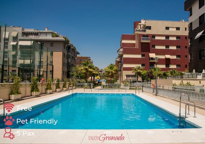EnjoyGranada ❤ LUXURY Pool & Parking