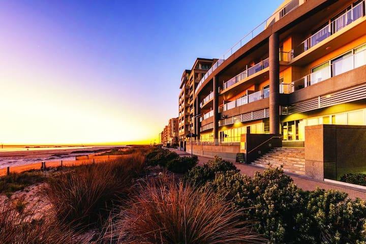 ♥️'Pier Luxury Apartment'♥️ - Oceanview-no 311