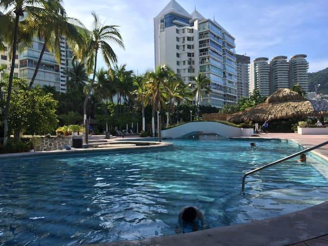 Departamento en Acapulco, alberca y acceso a playa - Acapulco - Wohnung