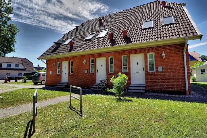 Ferienhaus für 5 Gäste mit 70m² in Zingst (21936)