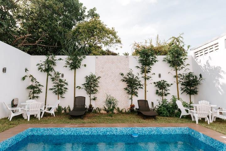 Departamento completo de lujo con alberca, Mérida
