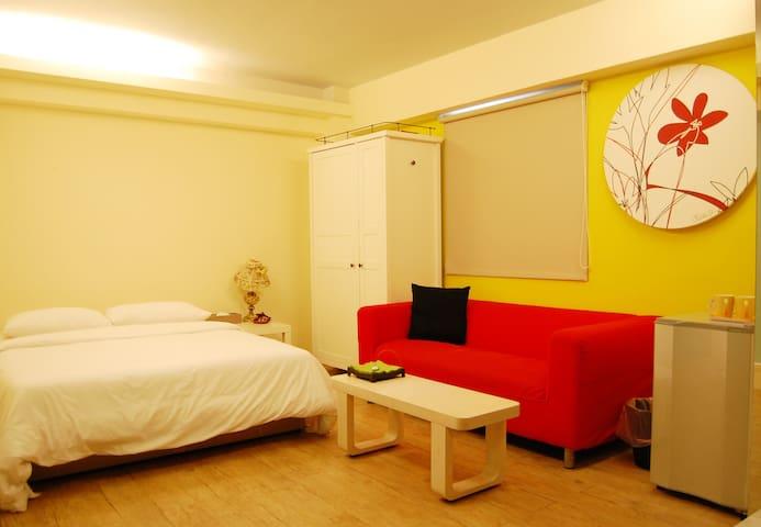 信義區套房7F,en-suite with lift in centre of Taipei