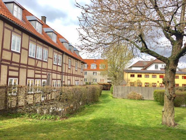 Great apartment with garden, 5 min. from Kronborg! - Helsingør - Квартира