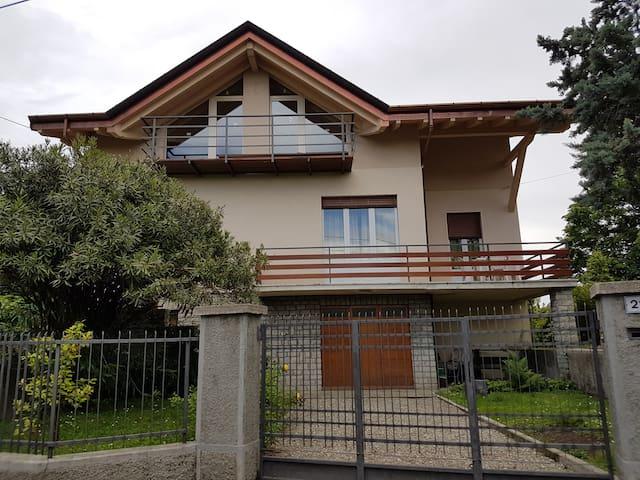 Villa Giuseppina - Besozzo - House