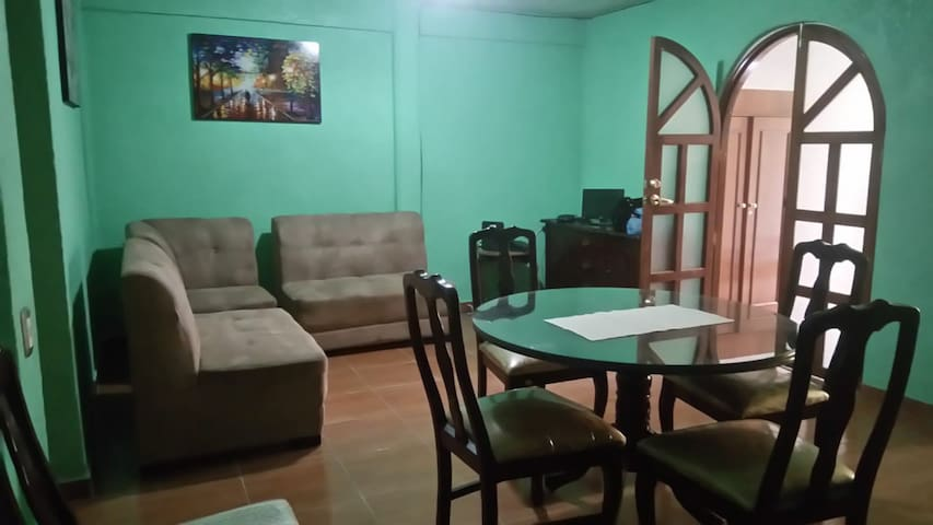 Casa de Huéspedes Julia-Depto completo planta baja