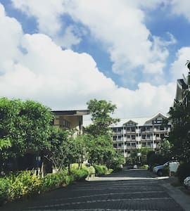 Spacious and Beautiful Condo at The Redwoods, QC. - Quezon City - Wohnung