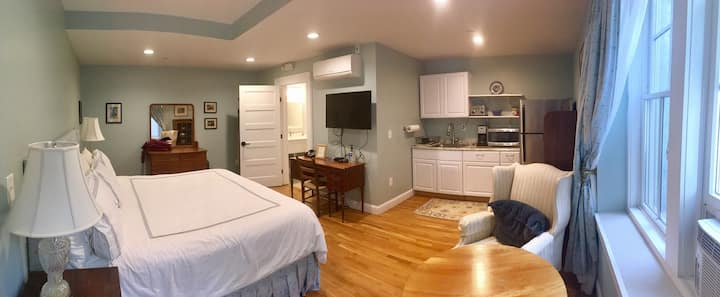 Private Suite w/ Kitchenette - Lower Level, Apt.A