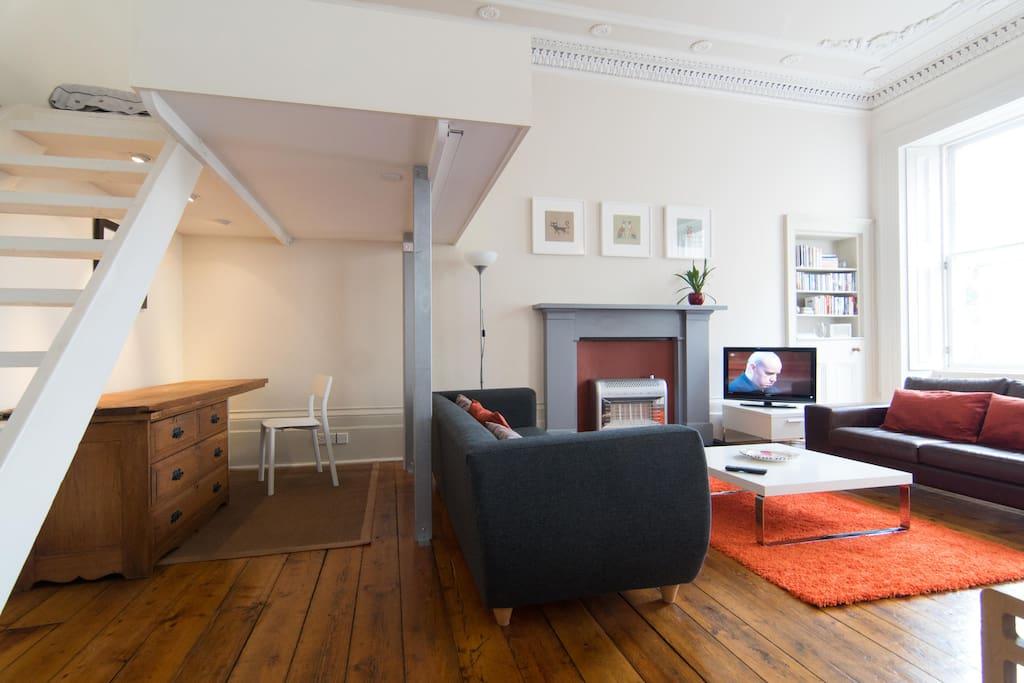Beautiful period features, cornice, fireplaces and original wood flooring