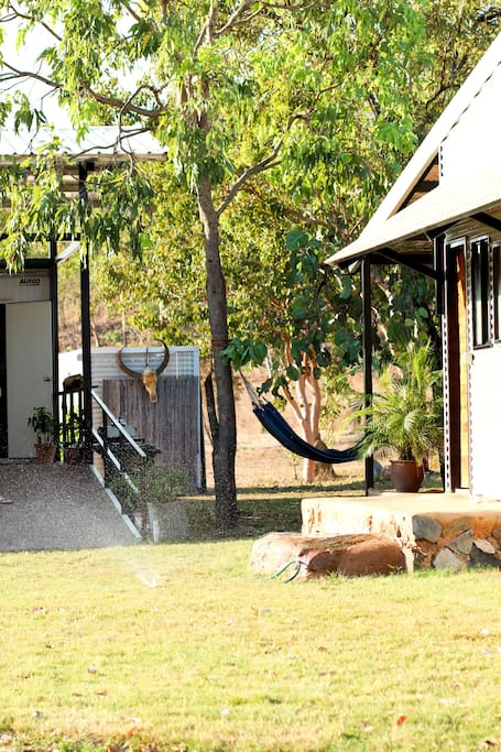 Oakey downs retreat self contained cabin cabins for for Self contained cabin