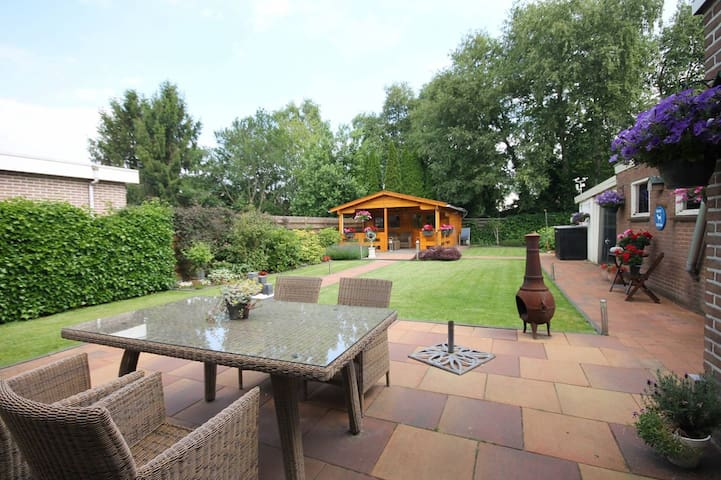 Vrijstaande woning met grote tuin nabij Emmen - Zwartemeer - Casa