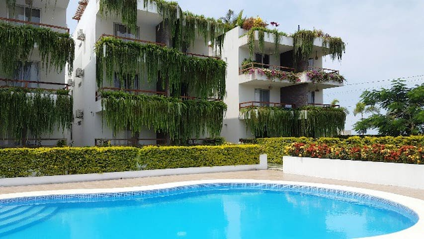 Luxury condo, just steps away from Olon's beach