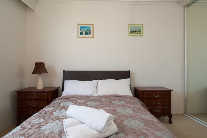 Whole 2 bdr Apartment by Pyrmont/Darling Harbour - Pyrmont - Wohnung