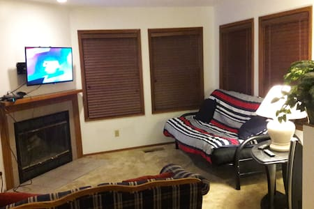 Luxury 1 Bed Apt! - Close to I15, Ski, Mtn Views! - Sandy