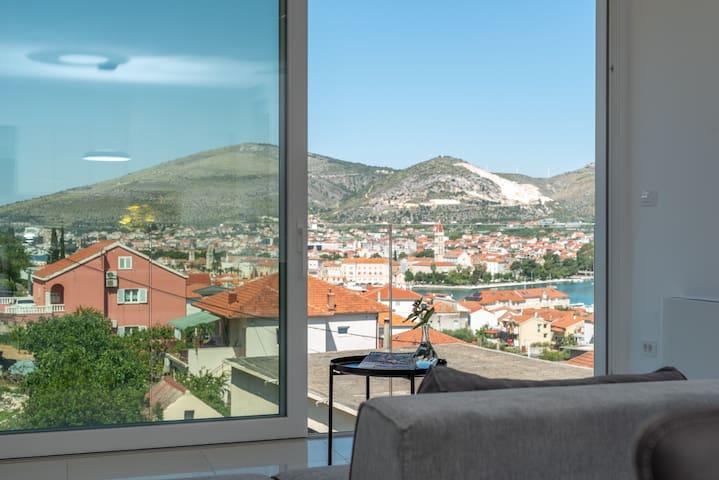Villa Amazing View ****