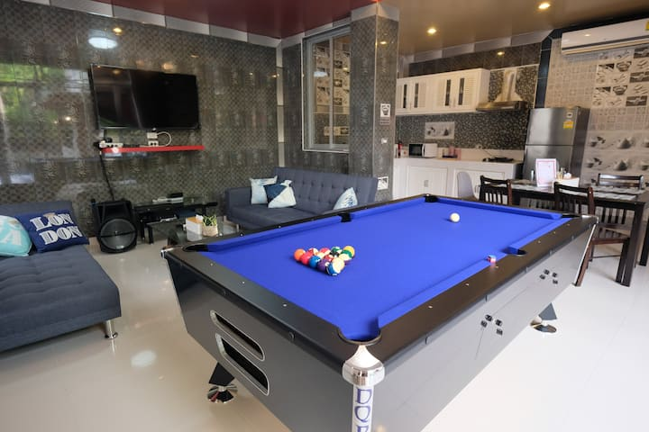 4BR PRivate Pool Villa/Pool table/ BBQ 14ppl