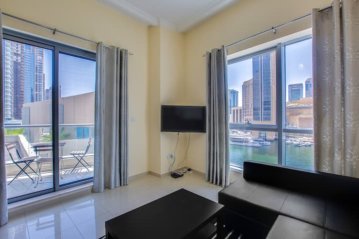 Bay Central  apartment with awesome Marina view