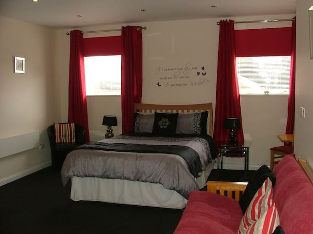 Deluxe Kingsize room with Sea View at the Goodlife - Harwich - Gästhus