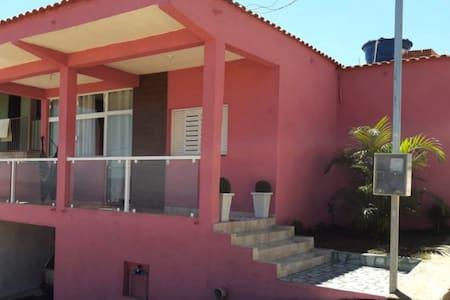 Linda casa mobiliada em São Thomé das Letras