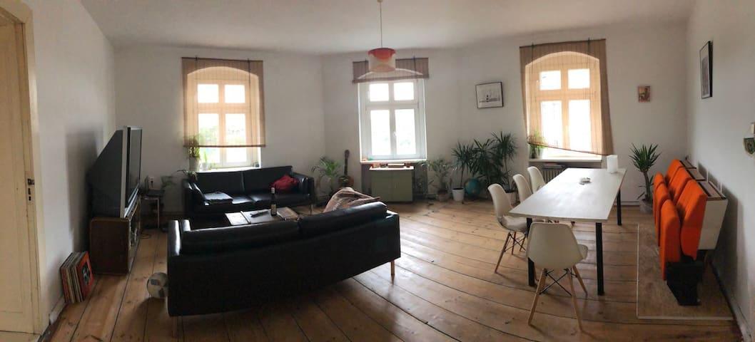 Was ist das für 1 Zimmer?
