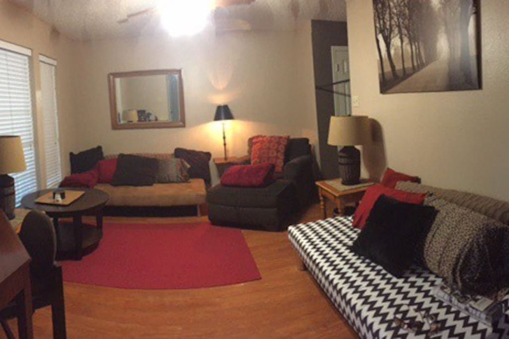 Front room entry now has added futons to sleep 2 people!