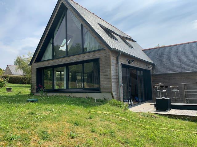 Maison rénovée proche de la mer et du GR34