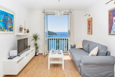 Apartment Majestic with sea view