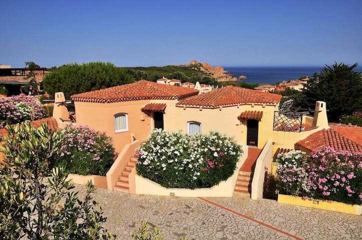 Sardinia, Calarossa - 300 mt. from the sea - Isola Rossa - Appartement