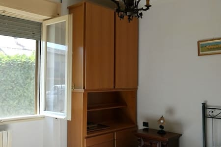 two-room apartment 30min from Duomo(^v^)/ - Locate di Triulzi - 公寓