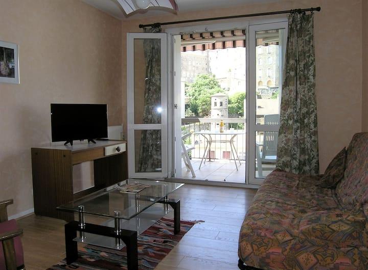 "logement moderne  dans résidence  ""EUROPE 1"""