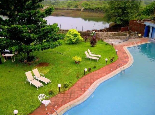 Lake House Villa (LHV) - Nadhal - Villa