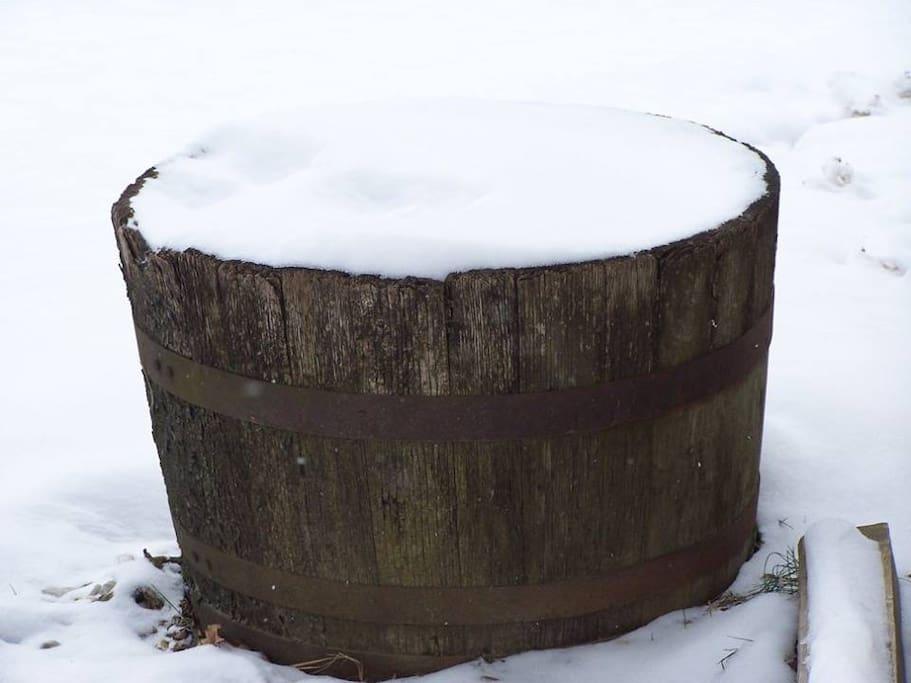 Snow barrel