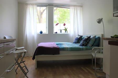 Modern bright studio in hip area - Oslo