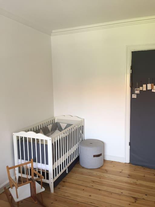 Bedroom 1 - Child bed