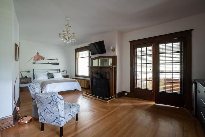 Stylish Suite in Heritage Home - w/ Covered Porch