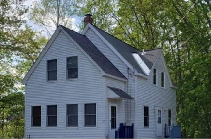 Clean, private 3 bedroom home 1.1 miles from beach
