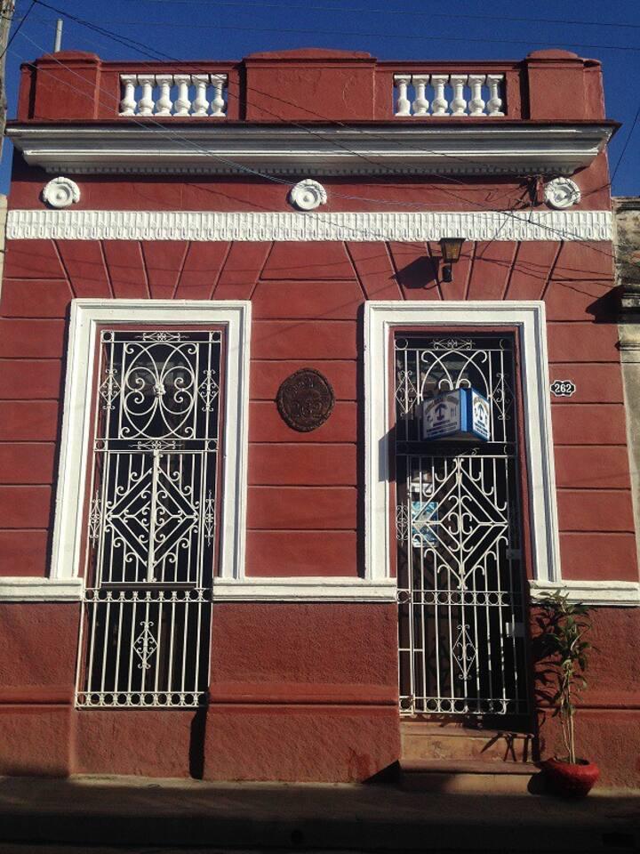 Casa Colonial Mirta y Candido.