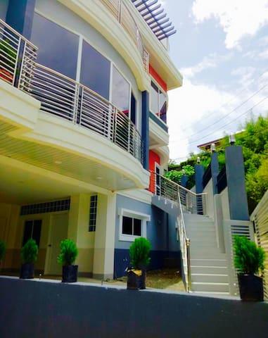 DM Sky Villa Dormitory up to 10 guests