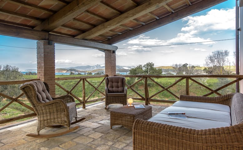 Sea view suite in Baratti Bay