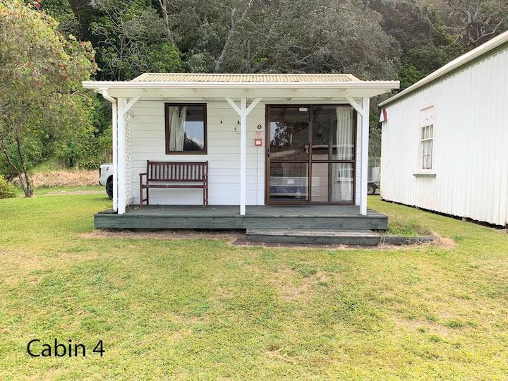 Wharekawa Lodge - Cabin 4