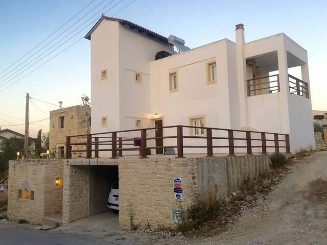 Pitsidia-Matala Luxury house - Pitsidia - Hus